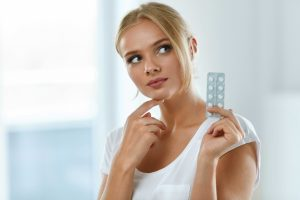 Birth Control Types, Side Effects and Effectiveness—15 Options For Pregnancy Prevention